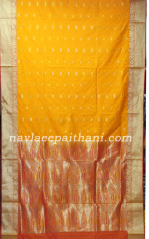 the Yellow colur with maroon border in pochampally silk saree