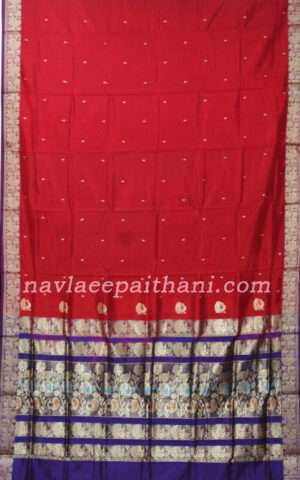 The Red color with Purple contrast border in Maurai Silk saree.
